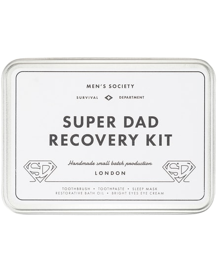 Men's Society Super Dad Recovery Kit Box bei LODENFREY München