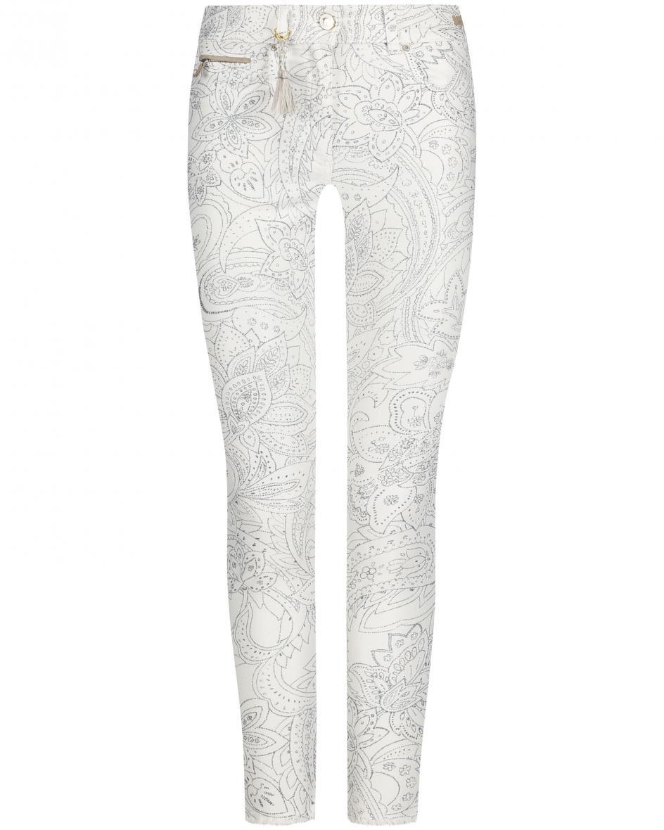 pamela henson - Cinq Cut Jeans