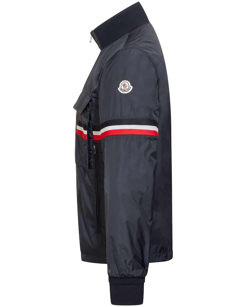 Seine Jacke  50