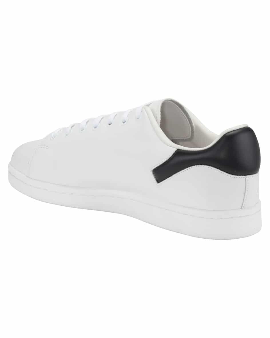 Sneaker 46