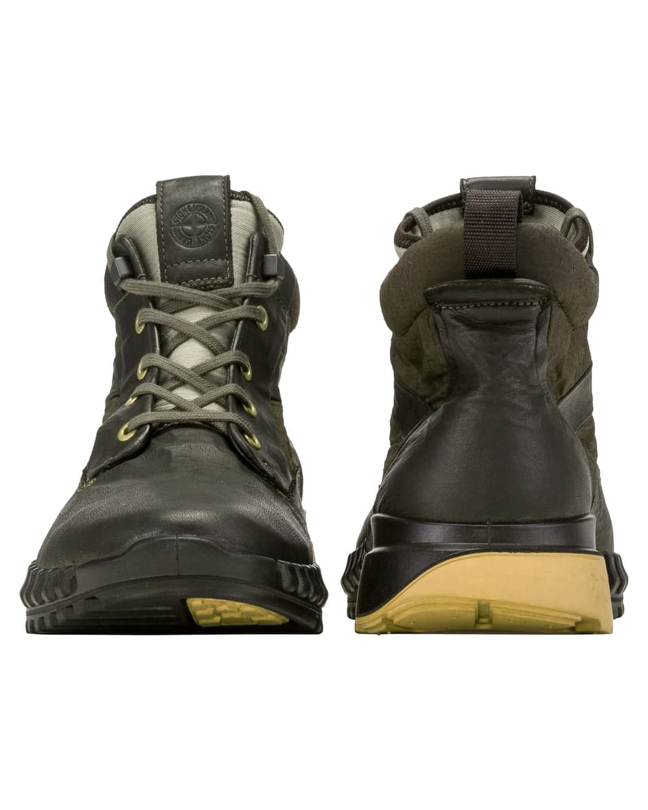 Boots 44